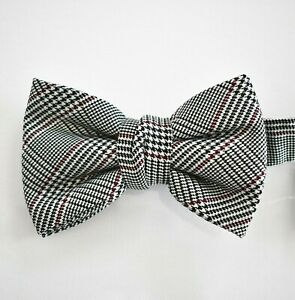 New Authentic LANVIN Paris HOUNDSTOOTH Printed 100% SILK Bow Tie FRANCE