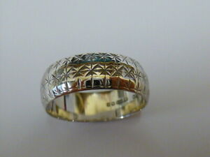 Ladies Vintage 9ct White Gold Patterned Band Ring - Size N - Fully hallmarked -