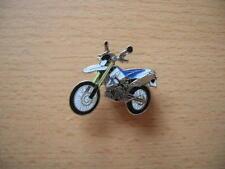 Pin Anstecker BMW G 650 Xchallenge weiß/blau 1042