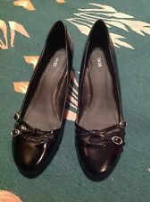 """OASIS black patent court shoes with buckle strappy front, 1.5"""" heels, 38, 5 vgc"""