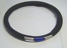 Coprivolante nero con inserti blu e inox lucidi per volanti con diam.37>39 cm