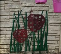 Plow & Hearth Colored Metal Panel Stakes