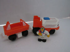 FISHER PRICE GEO TRAX AIRPORT LUGGAGE TRANSPORT