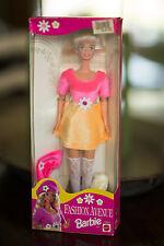 NIB-Zellers Fashion Avenue Barbie Doll-1995- NRFB