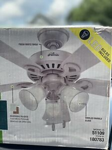 Hunter Ridgefield 44-in White LED Indoor Ceiling Fan with Light Kit