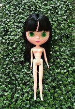 Basaak doll : Black ( Long hair with bangs )