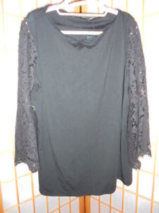 NEW ❤RALPH LAUREN❤ CLASSIC BLACK TOP FEATURING LACE SLEEVES PLUS SZ 2X or 18-20
