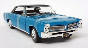 Maisto 1/18 Scale - 1965 Pontiac GTO Turquoise / Black Diecast Model Car