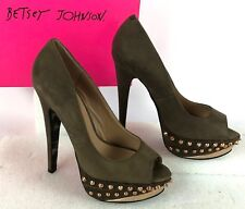NIB Betsy Johnson Gray Brown Ramma Copper Spike Open Toe Platform Heels Size 7