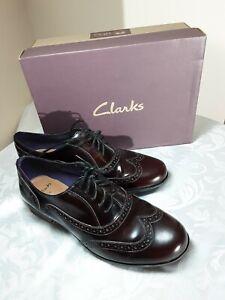 Clarks Burgundy /Chestnut Coloured Ladies Lace Up Shoes Size 6 1/2 D VGC  (KJ)