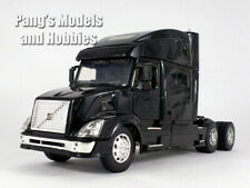 Volvo VN-780 Diecast Metal and Plastic 1/32 Scale Truck Model by NewRay - Black