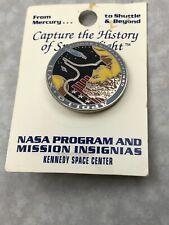 Apollo 17 Lapel Pin Official Nasa Edition Cernan Evans Schmitt KG CR14