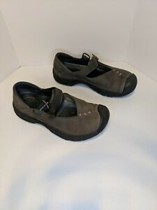 Keen Women Shoe Size 7M Athletic Loafer Pre Owned
