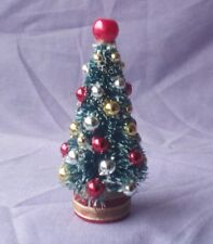 DOLLS HOUSE CHRISTMAS TREE AND BAUBLES KIT.
