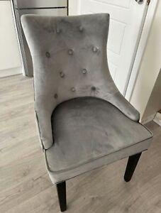 4 X High Back Studded Velvet Dining Chair