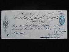 Cheque-Barclays Bank Goole 13 de febrero de 1943 por £ 4 13s 6d consejo de distrito rural.