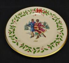Lenox The Annual Holiday Collection Plate 1998 (Eight in Series) Ivory