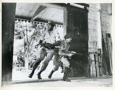 ROD TAYLOR JIM BROWN MERCENARIES THE DARK OF THE SUN 1968 PHOTO ORIGINAL #1