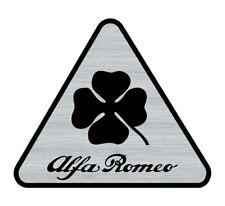 Logo adhésif gravé ALFA ROMEO Triange Trèfle - 6cm x 5cm - épaisseur 1mm