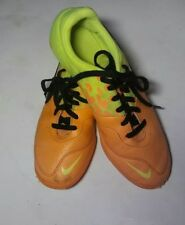 Nike Elastico II Jr Indoor Football Soccer Shoes Orange Yellow 6YPre Owned Youth