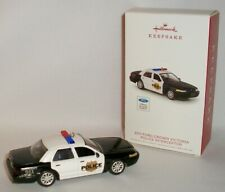 2018 Hallmark - 2011 FORD CROWN VICTORIA POLICE INTERCEPTOR ornament DIE-CAST