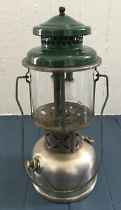 COLEMAN model 220B Double Mantle Antique LANTERN Made in USA - Estate