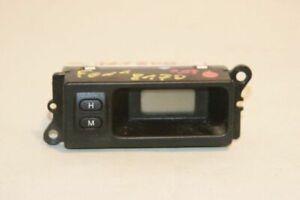 Land Rover Freelander 2003 Clock info YFB100380 SOV9443