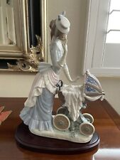 Lladro Figurine Baby's Outing #4938 Mother & Newborn Baby in Ornate Carriage