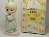 Precious Moments figurine I'll Weight For You 521469 girl standing on scale box