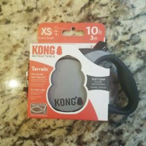 Kong Retractable Dog Leash XS 10ft 25lbs Terrain Soft Grip Reflective Stiching