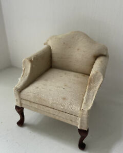 Block House Chair Made In Columbia