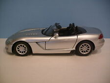 1:18 Scale Motor Max SILVER 2003 DODGE VIPER SRT/10 CONVERTIBLE Die-cast