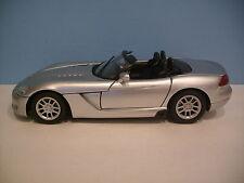 1:18 Scale Motor Max SILVER 2003 DODGE VIPER SRT/10 CONVERTIBLE Die-cast