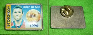 STOICHKOV - GOLDEN BALL - BARCELONA F.C. - Very Rare Old Football Pin 1994