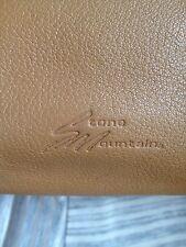 Stone Mountain Medium Tan Leather Baguette Style Shoulder Bag... Nice Bag