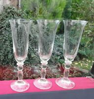 3 STUNNING LUXURY CONTEMPORARY FLUTES GLASSES CHAMPAGNE PROSECCO VERY FINE