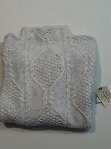 ST JOHN'S BAY Lt. Heather Grey Cable Knit Long Sleeve Sweater Size L NWT