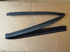 Genuine Peugeot 306 Front Door Window Channel Part No. 930361