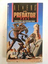 Prey: Alien vs. Predator by Stephani Perry and Steve Perry (1994, Paperback)