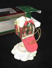 1996 San Francisco Music Box Company Christmas Musical Ornament Mouse Mailbox