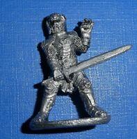 Ral Partha Chaos Wars 10-414 (g) Leonaran Dragonmaster by Julie Guthrie