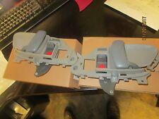 95 96 97 98 CHEVY GMC TRUCK 95-99 Suburban TAHOE INSIDE DOOR HANDLE l +r gray 2