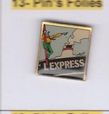 M6# Pinsfolies Pin's Badge Media Presse ecrite Edition Zacot Paquebot L'express
