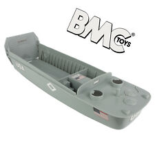 BMC WW2 Higgins Boat LCVP Landing Craft 1:32 Scale Vehicle for Plastic Army Men