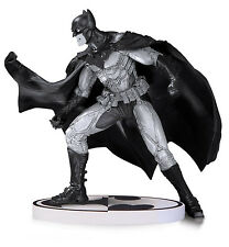 DC Collectibles Comics Batman:Black & White Statue by Lee Bermejo 2nd Edition