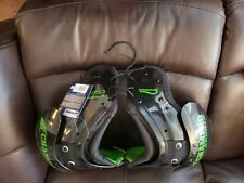 Champro Sports Air Tech Shoulder Pads Youth Med 80-110 Lbs 28�-30�
