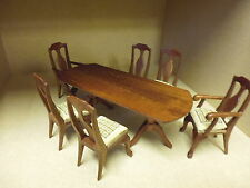 1/12 Dolls House    Dining Set    6 Chairs and Table    British Made   DHD136
