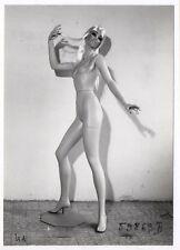 PHOTO MANNEQUIN FEMME SIÉGEL NOVITA Surréalisme Surréaliste Corps Nu 1960 Pub