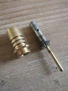 Abu 506 Closed Face Fishing Reel Replacement Pinion Gear & Bushing