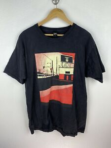 Vintage Obey 2000s Mens T Shirt Size L Crew Neck Graphics Print Black Adult